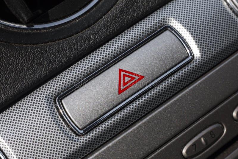 Risque rouge dans l'intérieur de voiture. photographie stock
