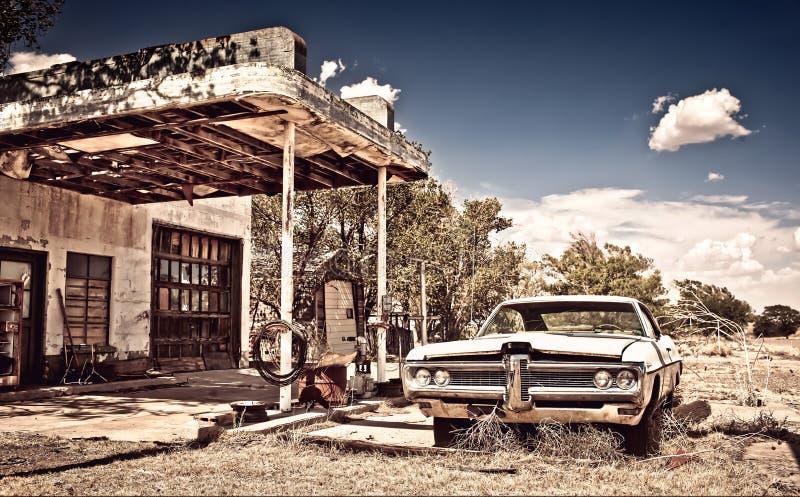 Ristorante abbandonato sull'itinerario 66 nel New Mexico fotografia stock