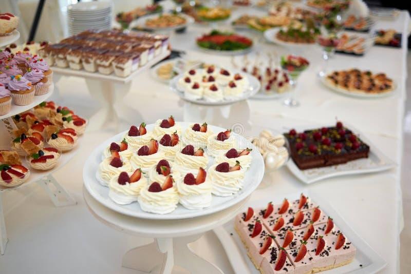 Ristorante Candy-Antivari con differenti dessert immagini stock libere da diritti