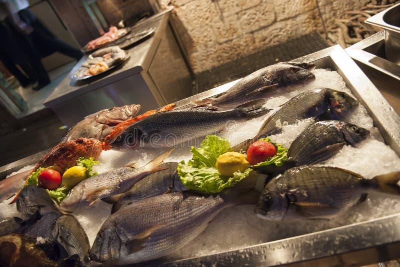 Ristorante del pesce immagini stock