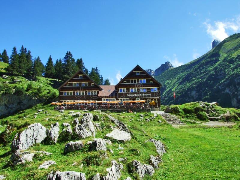 Ristorante della montagna o Berggasthaus Bollenwees vicino al lago Fahlensee dell'alpe immagine stock libera da diritti