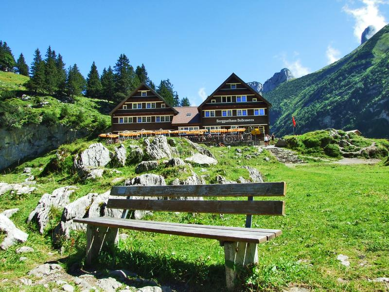 Ristorante della montagna o Berggasthaus Bollenwees vicino al lago Fahlensee dell'alpe immagine stock
