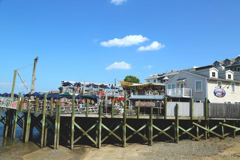 Ristorante portuale dell'aragosta nel porto storico di Antivari fotografie stock