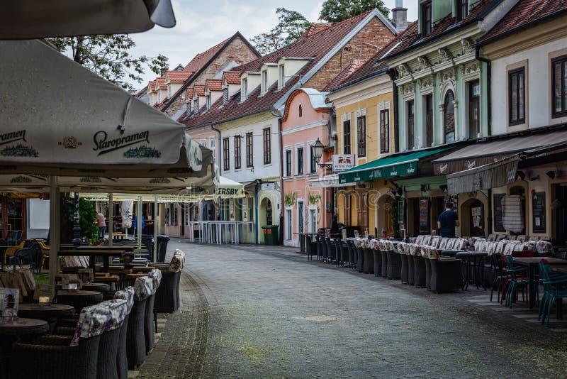 Ristoranti all'aperto sulla via del ` s di Ivan Tkalcic a Zagabria immagine stock libera da diritti