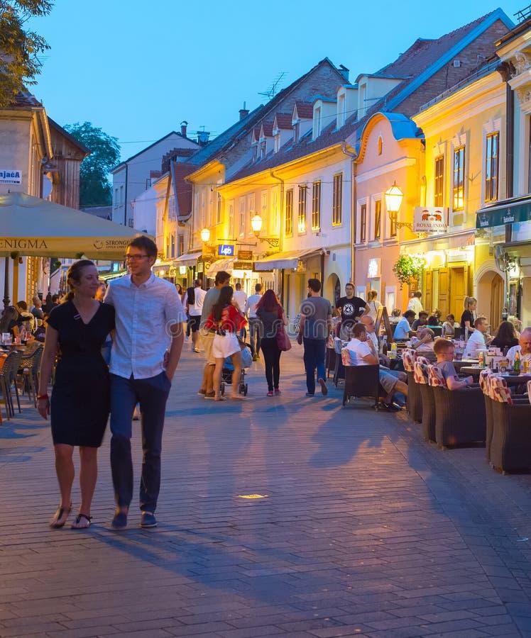 Ristoranti turistici Città Vecchia zagabria fotografia stock libera da diritti