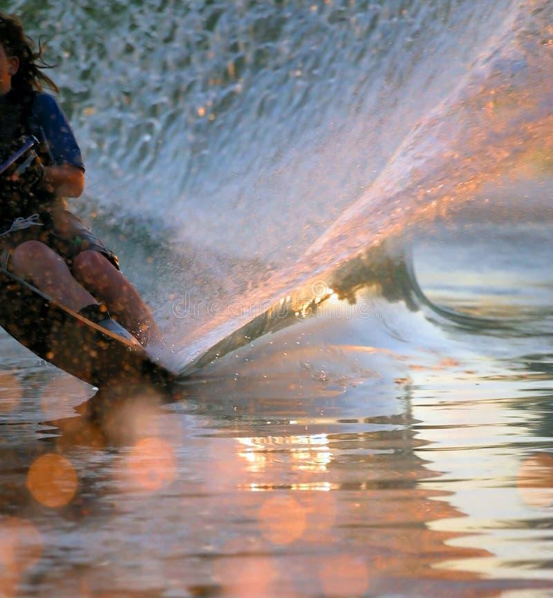 Risveglio dello sciatore dell'acqua fotografie stock libere da diritti