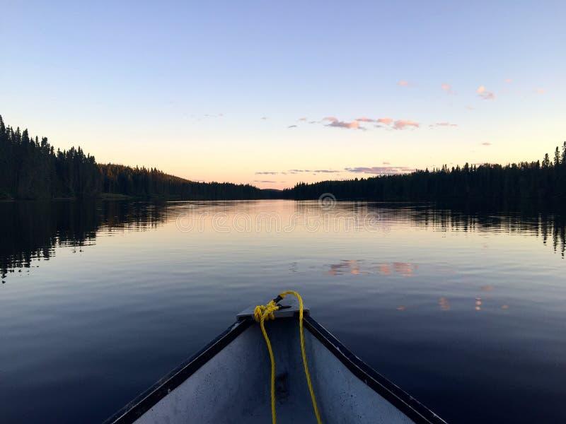Rit bij zonsondergang stock afbeelding