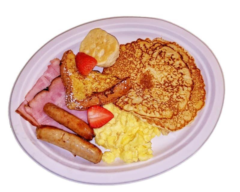 Ritaglio della prima colazione del paese su un piatto bianco fotografia stock libera da diritti
