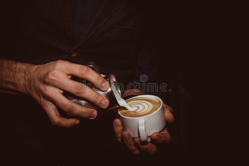 Ritning på cappuccino royaltyfri fotografi