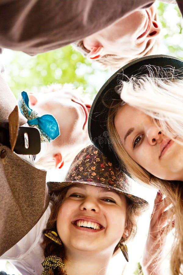 Ritratto adolescente degli amici del primo piano fotografie stock libere da diritti