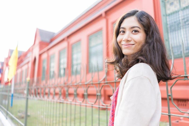 Ritratto asiatico della ragazza di felicità fotografie stock libere da diritti