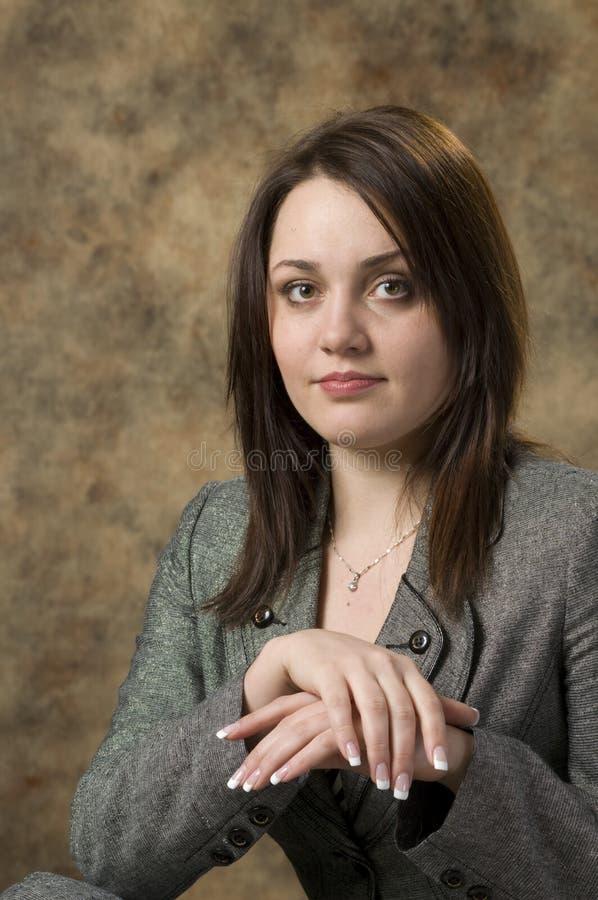 Ritratto attraente della ragazza immagini stock libere da diritti