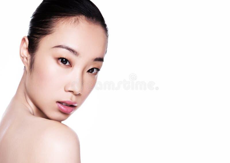 Ritratto cosmetico di trucco di salute asiatica della donna di bellezza immagini stock