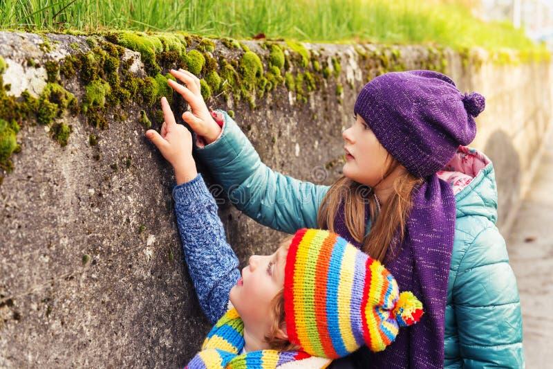 Ritratto dei bambini svegli immagini stock libere da diritti