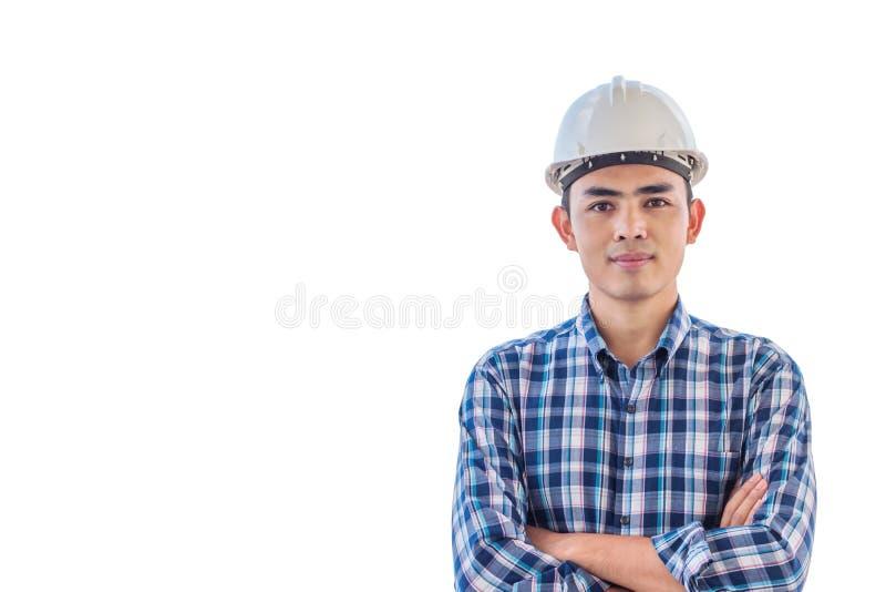 Ritratto del casco di sicurezza bianco di usura dell'ingegnere su backgrouond bianco isolato fotografia stock libera da diritti
