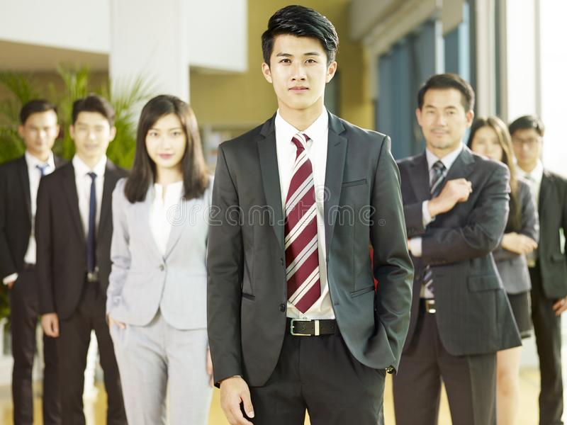 Ritratto del gruppo della gente di affari asiatica fotografia stock