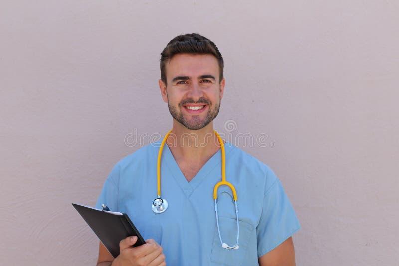 Ritratto del heashot del primo piano di amichevole, allegro, sorridendo, professionista sicuro di sanità immagini stock libere da diritti