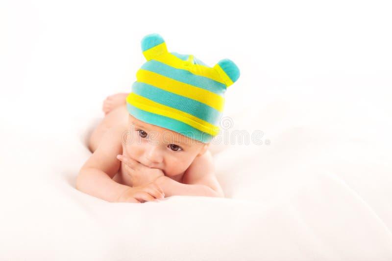 Ritratto del neonato su fondo bianco immagini stock