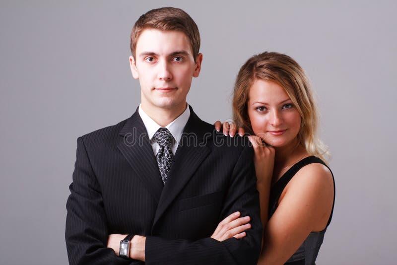 Ritratto del primo piano di giovani coppie di affari fotografia stock libera da diritti