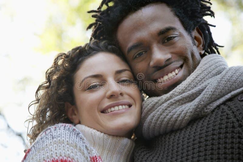 Ritratto del primo piano di sorridere felice delle coppie fotografia stock