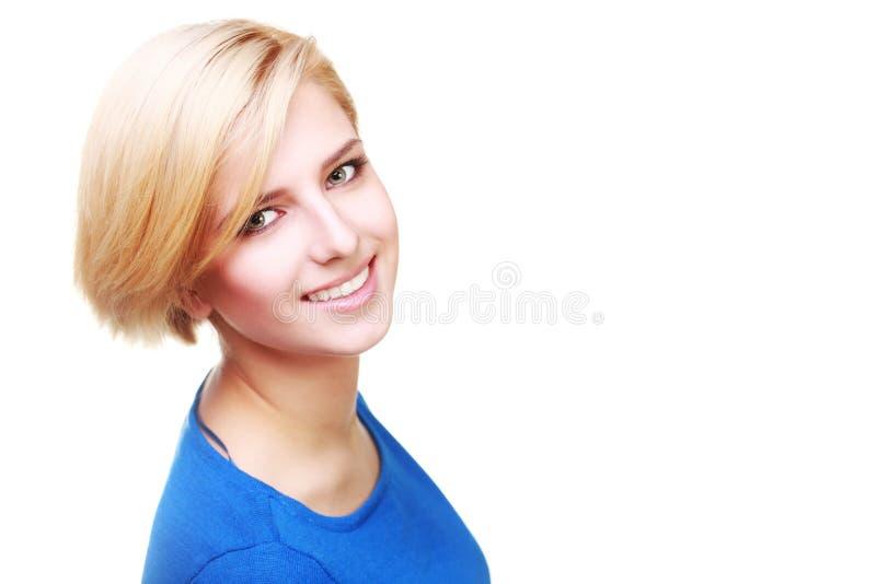 Ritratto del primo piano di una donna allegra sicura fotografie stock