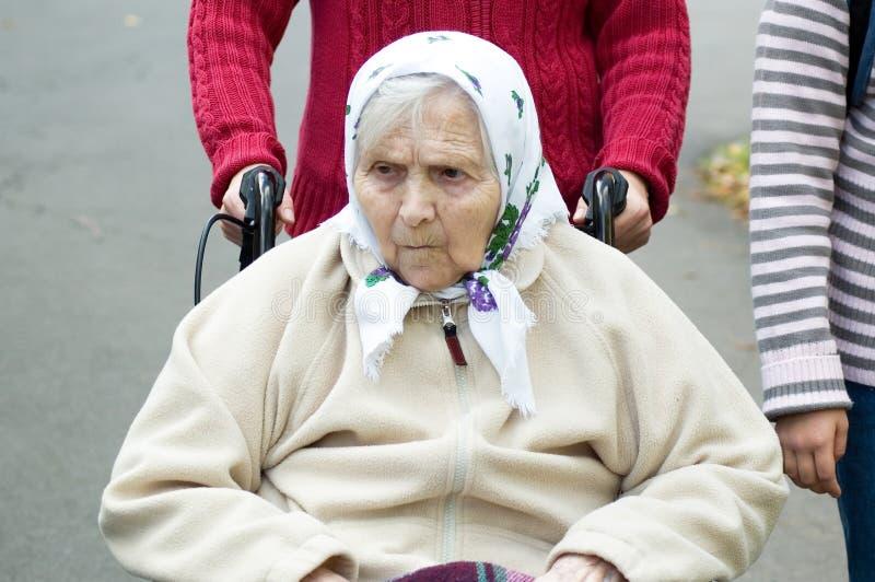 Ritratto dell'anziana. immagine stock libera da diritti