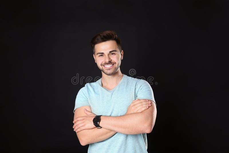 Ritratto dell'uomo bello immagine stock libera da diritti