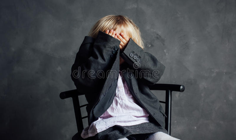 Ritratto della bambina impressionabile fotografie stock