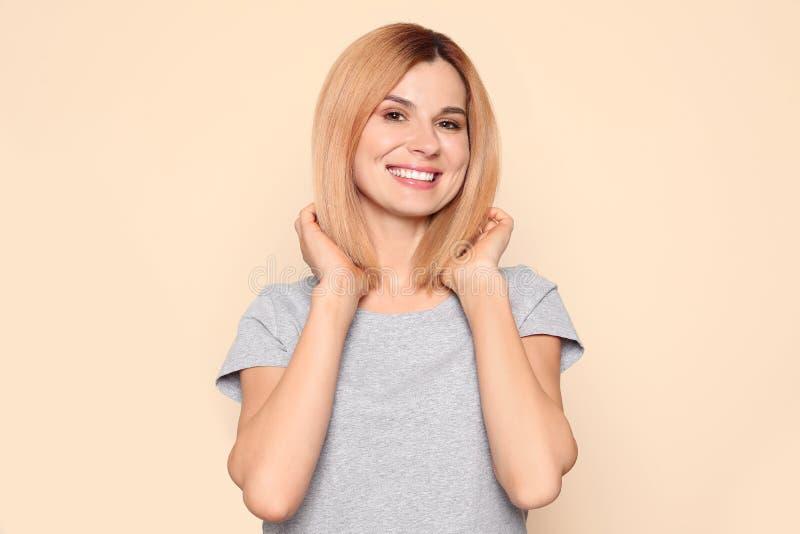 Ritratto della donna con il bello fronte fotografia stock