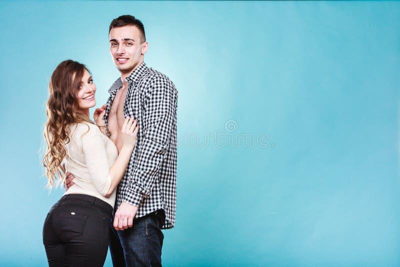 Ritratto della donna e dell'uomo sorridenti Coppie felici immagine stock
