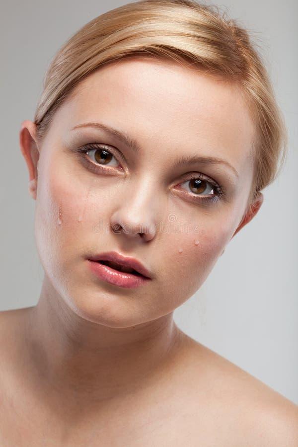 Ritratto della donna gridante triste fotografie stock libere da diritti