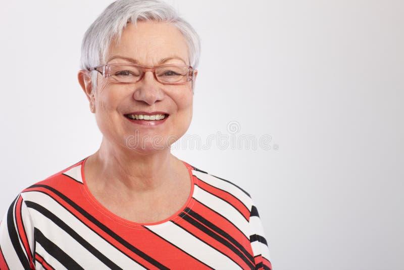 Ritratto della donna matura felice fotografia stock