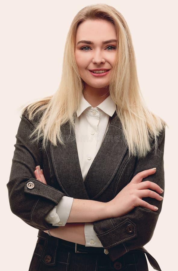 Ritratto della donna moderna di affari I fotografia stock