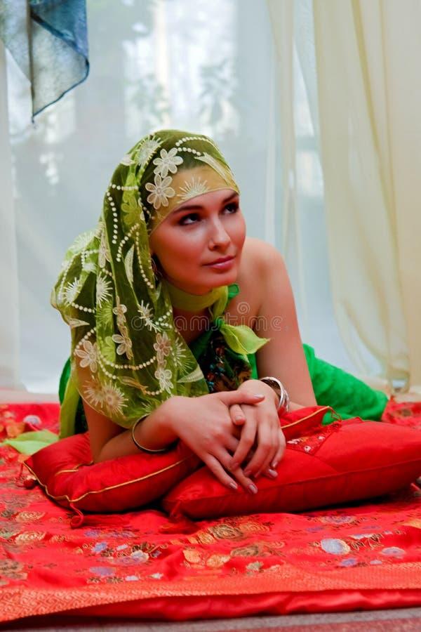 Ritratto della donna orientale fotografia stock