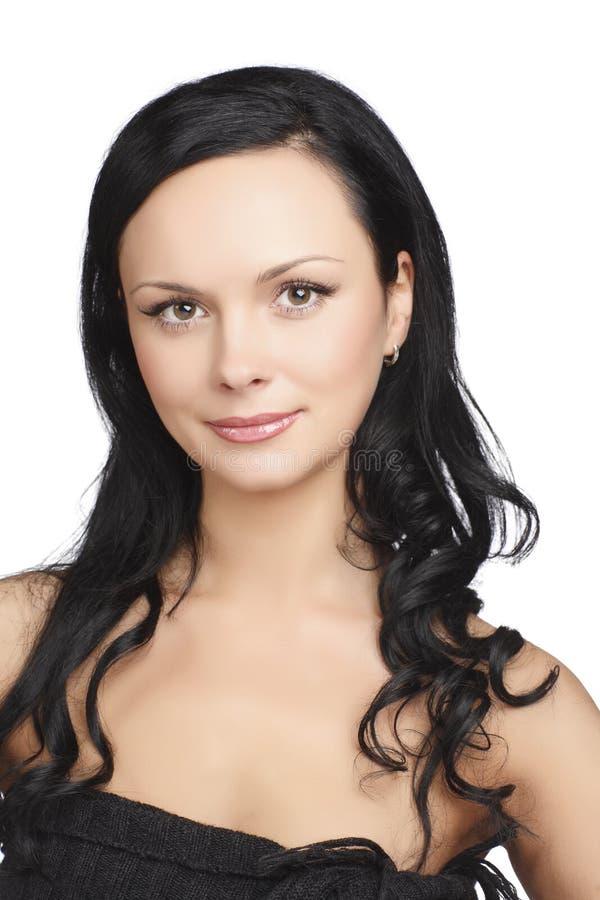 Ritratto della giovane donna dei capelli scuri, colpo dello studio immagini stock libere da diritti
