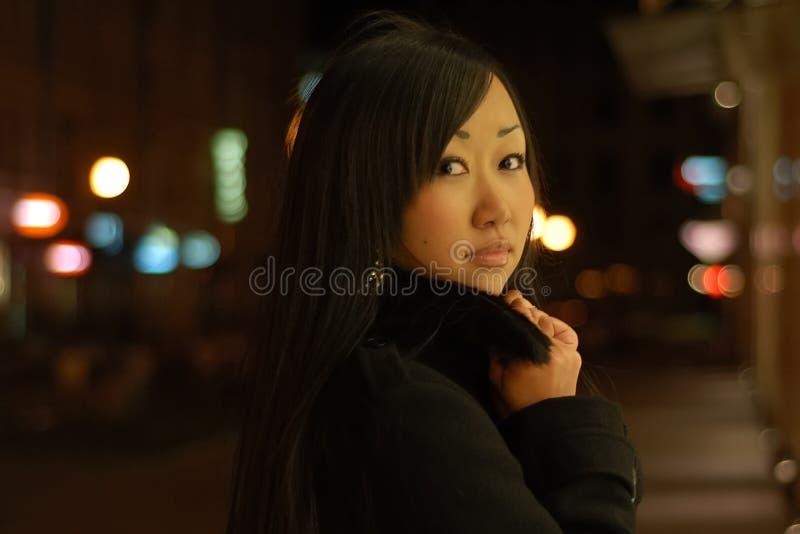 Ritratto della ragazza abbastanza asiatica fotografie stock libere da diritti