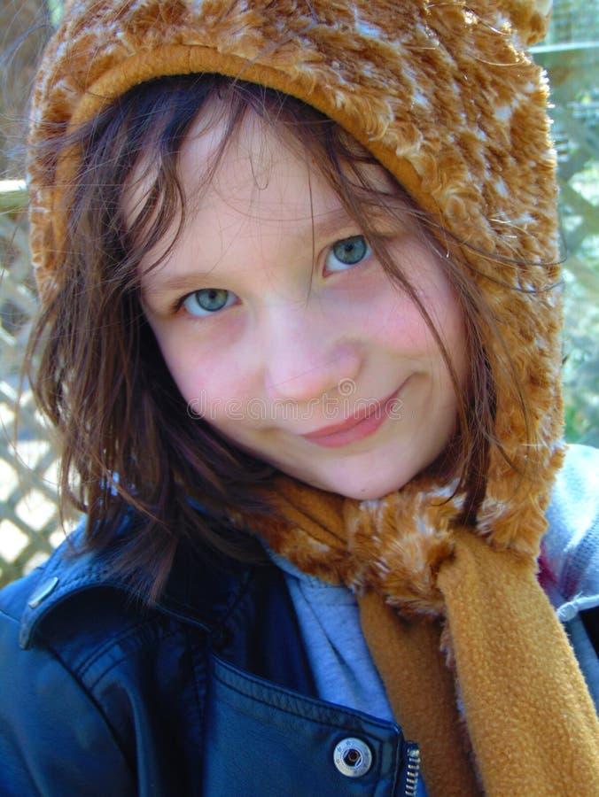 Ritratto della ragazza con il cappello fotografie stock libere da diritti