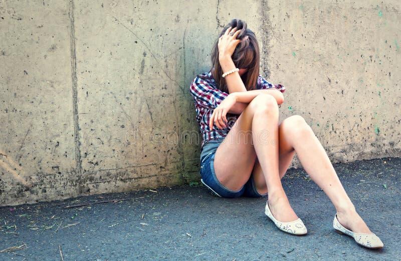 Ritratto della ragazza depressa dell'adolescente. immagini stock libere da diritti