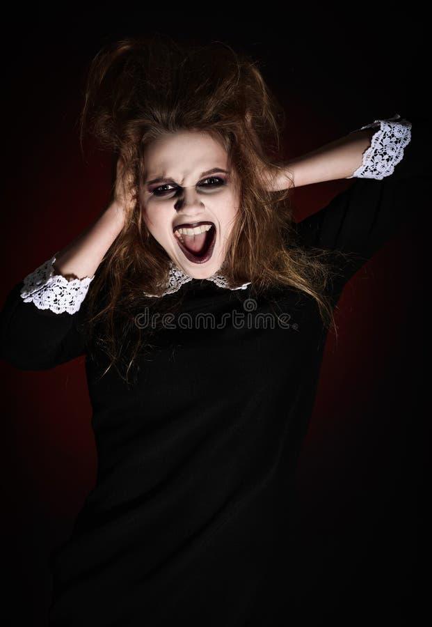 Ritratto della ragazza di grido spaventata immagine stock