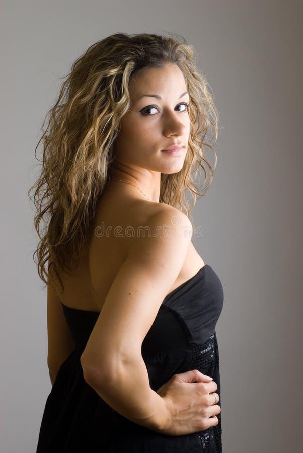 Ritratto della ragazza graziosa fotografie stock libere da diritti
