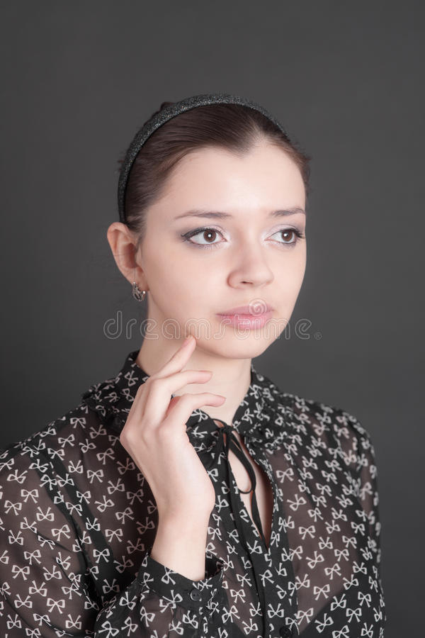 Ritratto della ragazza premurosa fotografia stock libera da diritti