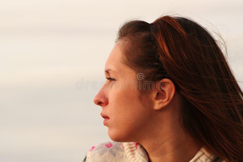 Ritratto della ragazza. Sideview fotografia stock libera da diritti