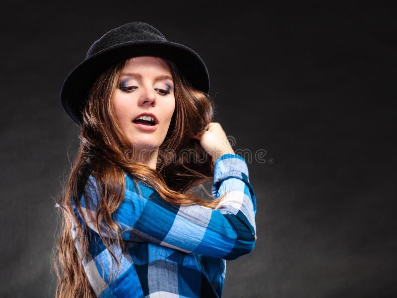 Ritratto della ragazza splendida della donna del paese Modo fotografie stock