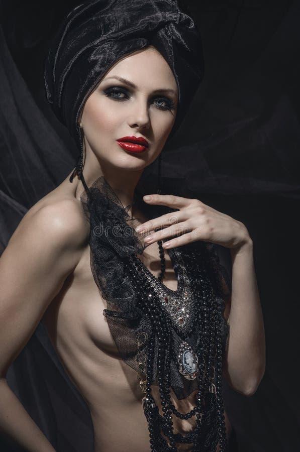 Ritratto di bellezza della donna con trucco creativo fotografia stock libera da diritti