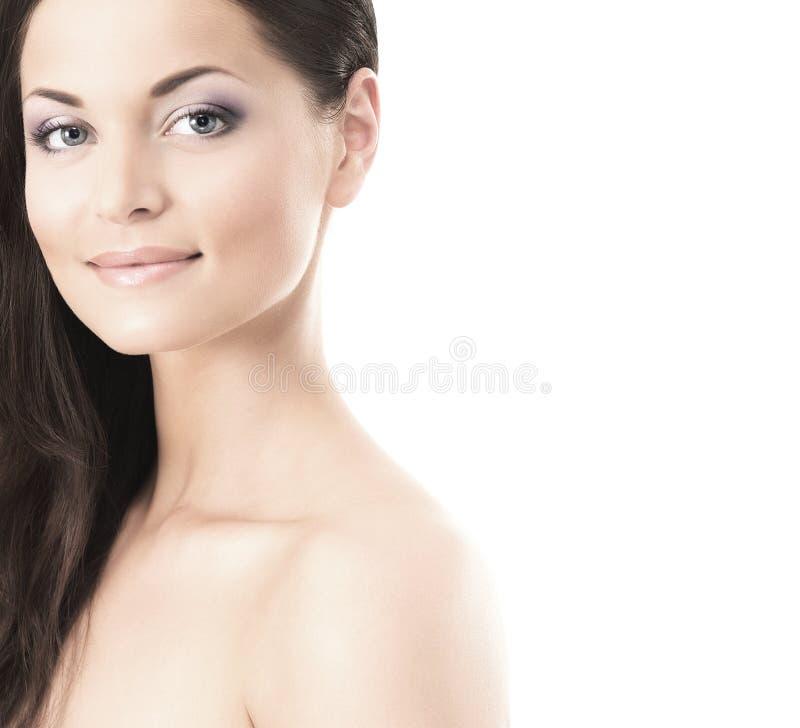 Ritratto di bellezza di una giovane donna nel trucco fotografie stock