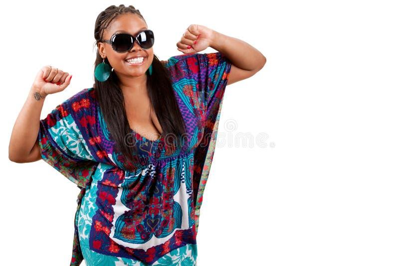 Ritratto di bello giovane dancing della donna di colore fotografia stock