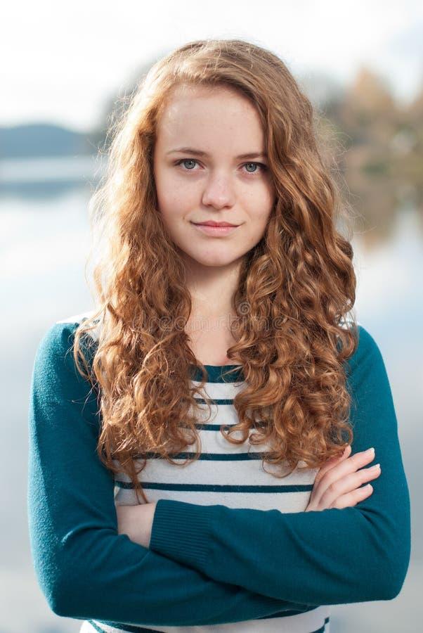 Ritratto di giorno di autunno dell'adolescente fotografia stock