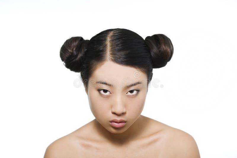 Ritratto di giovane bello modello asiatico immagini stock