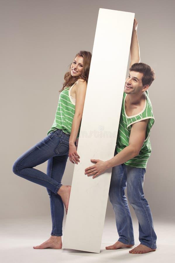 Ritratto di giovane coppia fotografie stock libere da diritti
