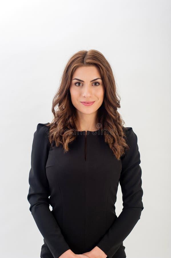 Ritratto di giovane donna sicura di affari immagine stock
